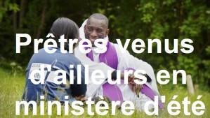 24 mai 2015: Temps de réconciliation. 12 000 jeunes de 13 à 15 ans, se sont rassemblés à Jambville, pour Le FRAT (Le Fraternel), le pèlerinage des jeunes chrétiens d'Ile-de-France. Jambville (78), France.  May 24, 2015: FRAT (for Fraternal), gathering of catholic school students in Jambville (78), France.