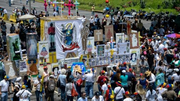 réalité vénézuélienne : manifestation de l'opposition